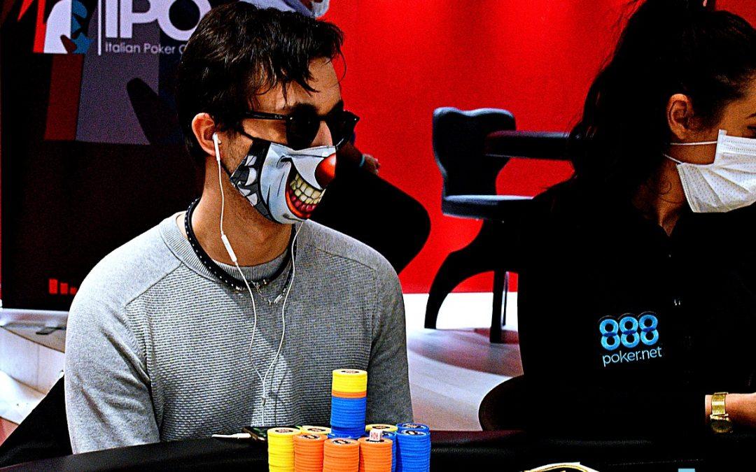 Andrea Radicchi, winner IPO San Marino, lancia la sfida per il main event su 888Poker: 'Speranza fortissimo ma voglio la doppietta anche io!'. E ci sarà anche Max Pescatori!